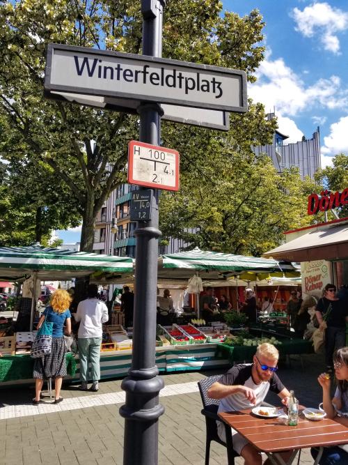 BerlinWinterfeldPlatz.jpg