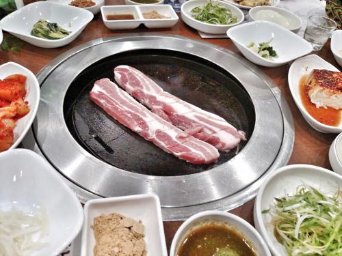 Koreanqueens.jpg